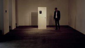 """""""Tür"""" Installation von Verena Schoettmer"""